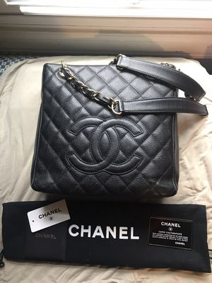 Chanel Petite Shopping Tote for Sale in Indianapolis, IN