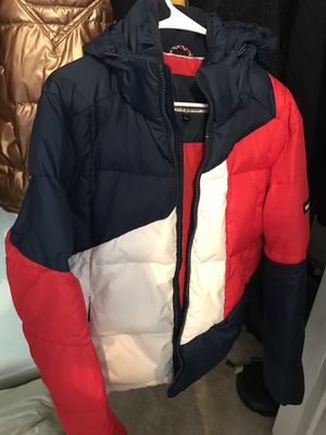 Tommy Hilfiger Bubble Coat for Sale in Chantilly, VA