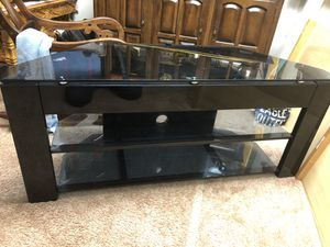 TV stander for Sale in Tualatin, OR