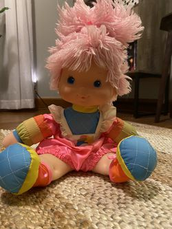 Vintage Rainbow Bright Doll for Sale in Fairmont,  WV