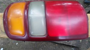 00-03 Chevy Silverado LH Taillight Assembly #16525375 for Sale in Dallas, TX