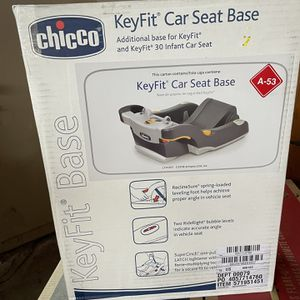 Chicco Car Seat Base for Sale in Dearborn, MI