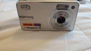 7.1 Mega pix Digital Concept digital camera for Sale in Coronado, CA