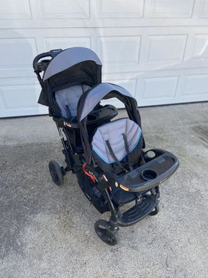 Baby Trend Sit-N-Stand Elite Double Stroller - Peyton for Sale in San Diego, CA