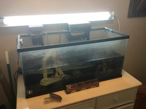 Fish tank/ aquarium for Sale in Montclair, CA