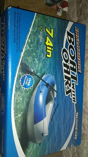 Sungear inflatable boat with oars 74 in for Sale in Kenmore, WA