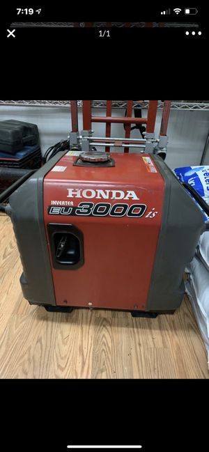 Honda generator inverter super quiet for Sale in Highland, CA