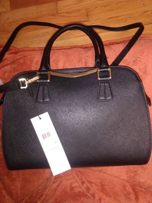 Calvin Klein hand bag for Sale in Happy Valley, OR