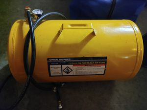11 gal air tank for Sale in Tacoma, WA