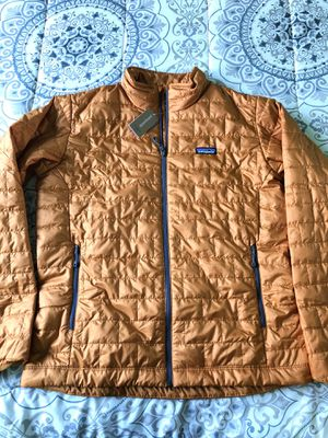 Patagonia Mens Medium Nano Puff Hammonds Gold Jacket New with tags for Sale in Gardena, CA