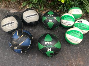 USED WALL BALLS : VARIETY OF SIZES : 14 lbs . & 20. lbs. ** $30 EACH THEY EACH HAVE : RIPS/TAPE/ECT./ BUT WORK FINE for Sale in Deerfield Beach, FL