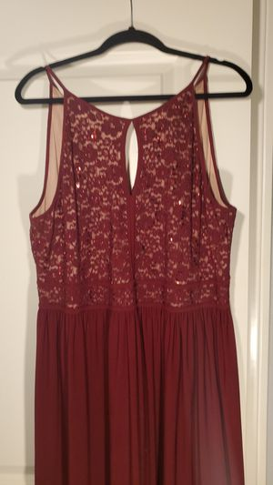 David's Bridal Burgundy wine size 18-20 2x plus size for Sale in Corona, CA