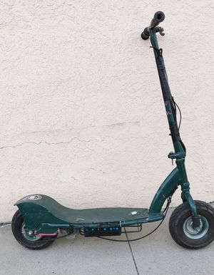 Electric scooter need work for Sale in Los Angeles, CA