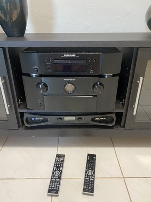 Marantz preamp and blu ray and crown amp for Sale in Miami, FL