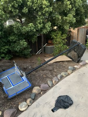 Basketball Hoop FREE for Sale in Encinitas, CA