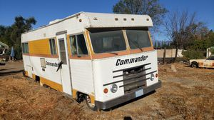 Rv pink in hand & keys for Sale in Fontana, CA