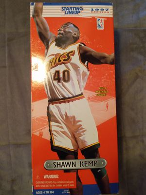 """VINTAGE COLLECTIBLE 1997 STARTING LINE UP 14"""" SHAWN KEMP ACTION FIGURE for Sale in El Mirage, AZ"""