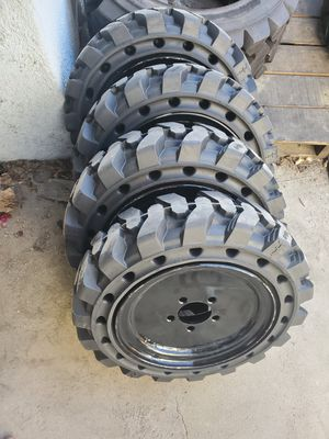 S70 bobcat solid demo tire for Sale in Anaheim, CA