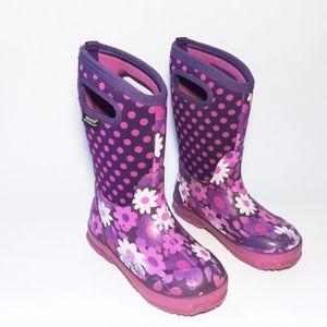 Girls Bogs Classic Purple Daisy Rain Winter Snow Boots Kids Size 1 for Sale in Golden, CO
