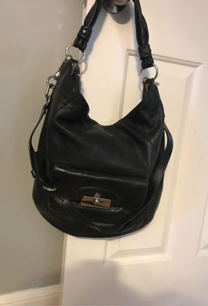 Large coach hobo bag for Sale in North Royalton, OH