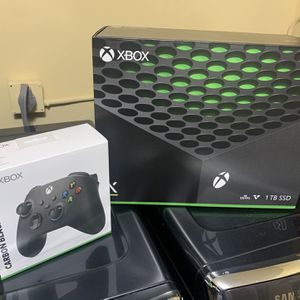 New Xbox Series X 1TB One Extra Controller Included for Sale in Hollywood, FL