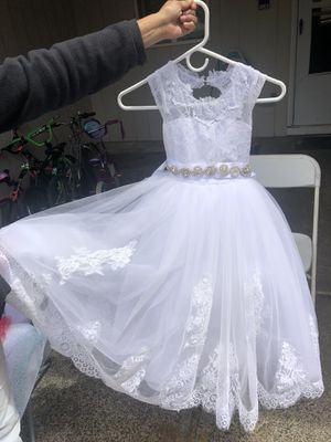 Beautiful dress for Sale in Vancouver, WA