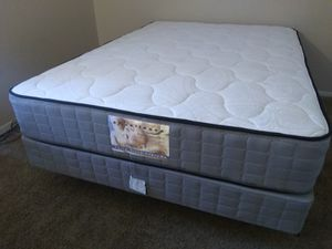 New extra thick orthopedic Queen mattress set for Sale in Las Vegas, NV