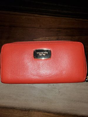 Michael Kors wallet for Sale in Fayetteville, NC