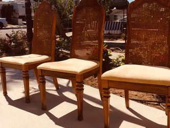 Comfortable chair , I have two that can be sold separately at $25 Each ,two For $35 for Sale in Buena Park,  CA