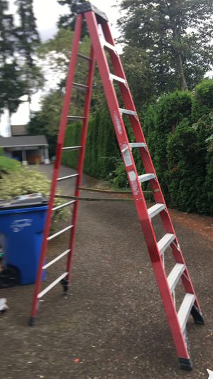 10' Werner FiberGlass Step Ladder Type 1AA 375lb cap for Sale in Vancouver, WA