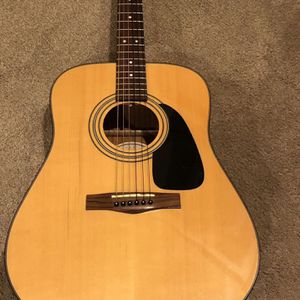 Fender acoustic guitar for Sale in Kenmore, WA