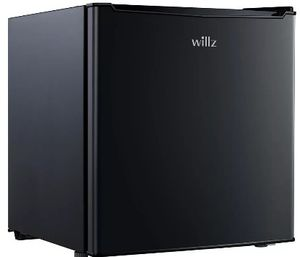 Willz 1.7 Mini Refrigerator for Sale in Fort Myers, FL