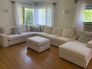 Brand New Sectional Couch for Sale in Beverly Hills, CA