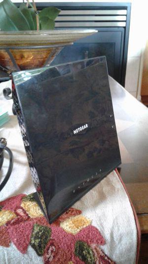 NETGEAR AC1600 Wi-Fi Cable Modem Router for Sale in Mountlake Terrace, WA