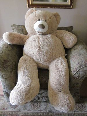 huge teddy bear for Sale in Garden Grove, CA
