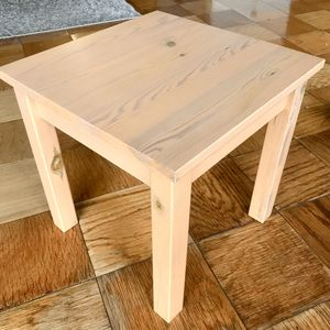 Beautiful Wood Mini Side Table for Sale in Bethesda, MD