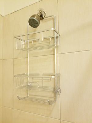 Metal Shower Caddy and Towel Hanger for Sale in Kissimmee, FL