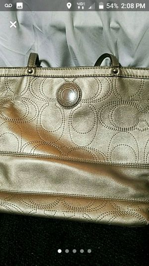 Coach purse for Sale in New Canton, VA