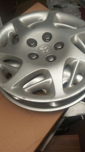 Hubcaps, Minivan Bench Seat, Sinks, Commercial Grade Hanging Globe Lights for Sale in Rocky River, OH