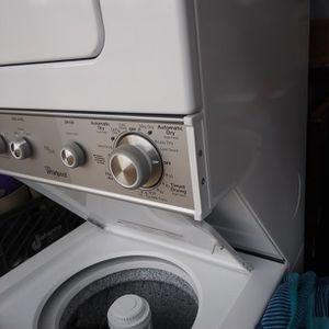 Whirlpool Washer/Dryer Thin Twin Like New for Sale in Gilbert, SC