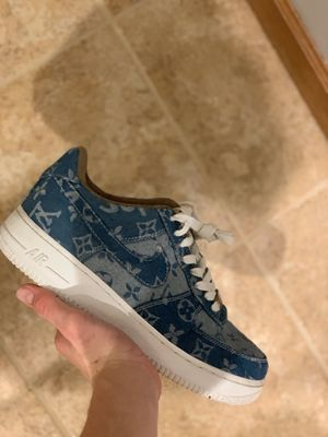 Air Force 1 supreme LV size 10 for Sale in Arlington Heights, IL