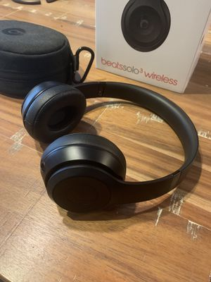 Beats by Dr. Dre Solo 3 for Sale in Houston, TX