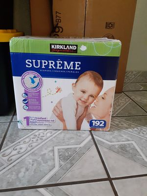 Size 1 Costco diapers for Sale in Los Angeles, CA