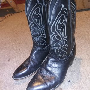 Cold west leather boots for Sale in Dallas, TX