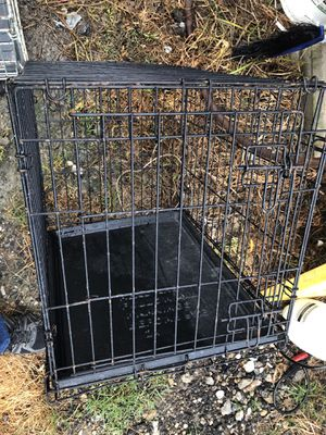 medium dog kennel for Sale in Hackberry, LA