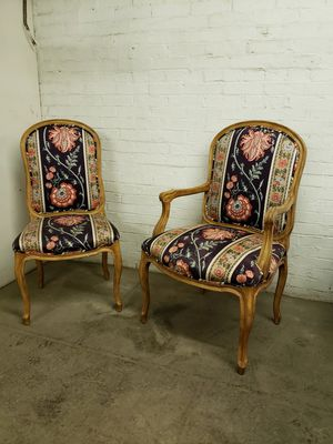 Eight dining chairs for Sale in Mount Clare, WV