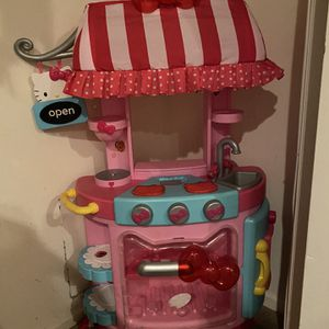 Hello Kitty You Play Kitchen Kids Girls Toddler for Sale in Beverly Hills, CA