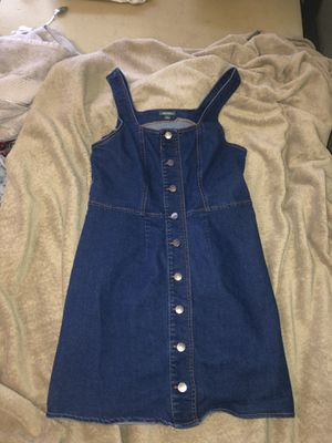 overalls dress, from target, worn once, very comfy and a little oversized, size medium! for Sale in Visalia, CA