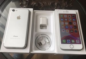 IPHONE 7 32GB FACTORY UNLOCKED EXCELLENT CONDITION for Sale in Chicago, IL