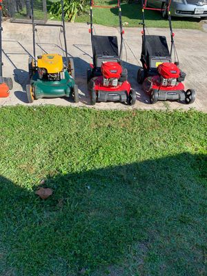 Red Lawnmover for Sale in Houston, TX